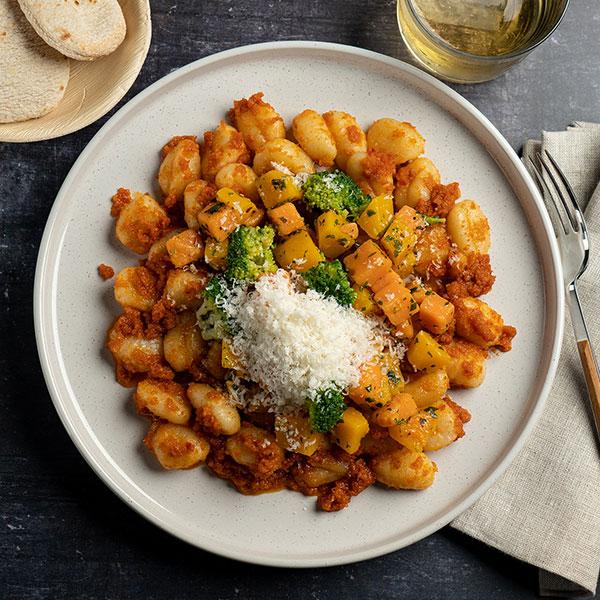 20.01.021-Ñoquis-salteados-con-verduras-y-salsa-pesto-rojo_4