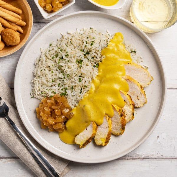 50.03.001-emplatado pollo al curry con arroz basmati